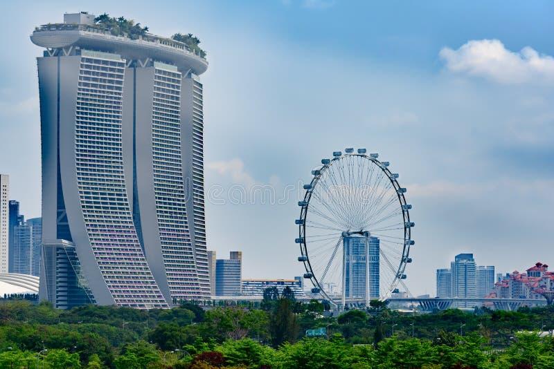Singapur, Marina Bay, Ansicht mit Singapur Fleyer, Marina Bay Sands Hotel lizenzfreie stockfotografie