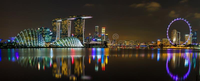 Singapur-Nachtpanorama lizenzfreies stockbild
