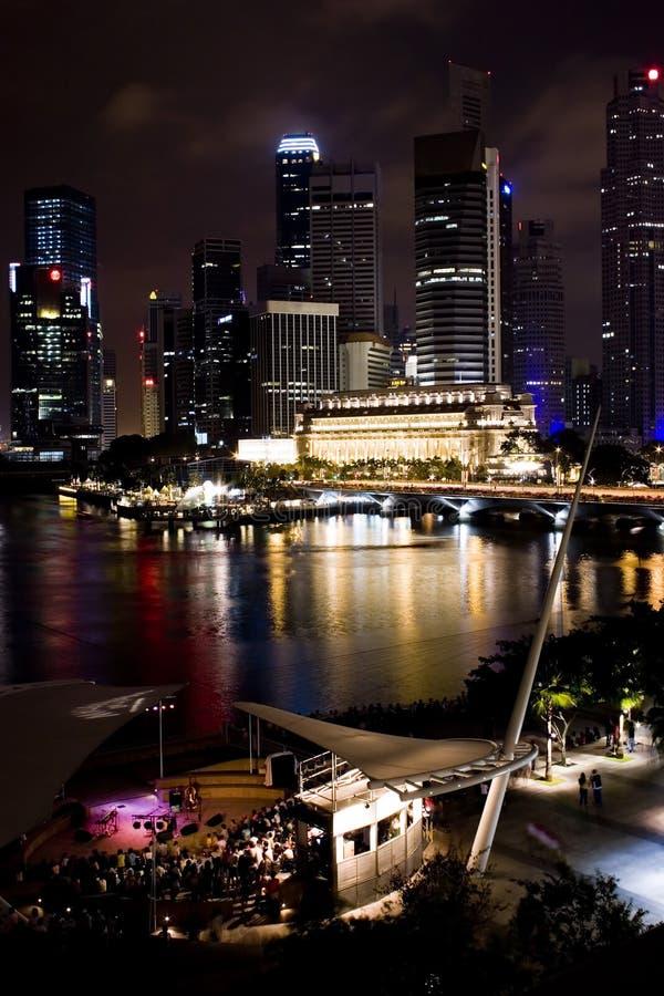 Singapur nachts stockfotos