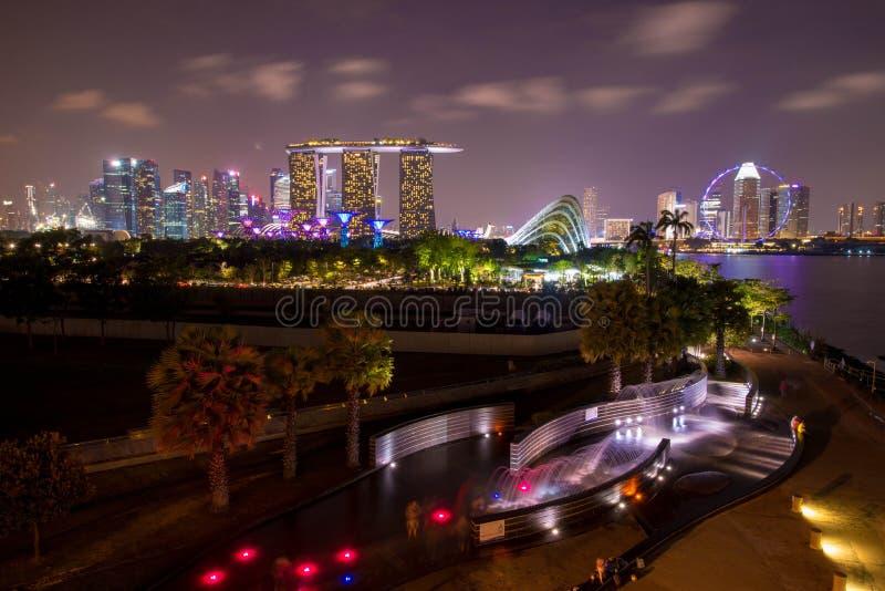 Singapur nachts lizenzfreies stockfoto
