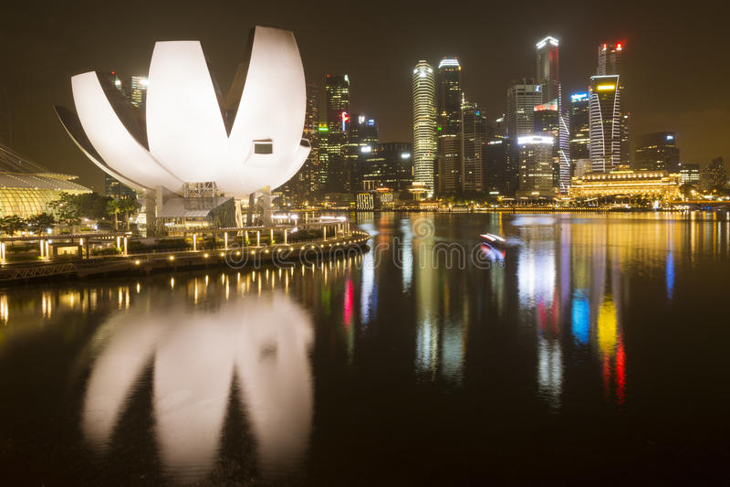 Singapur-NachtSkyline stockfotografie