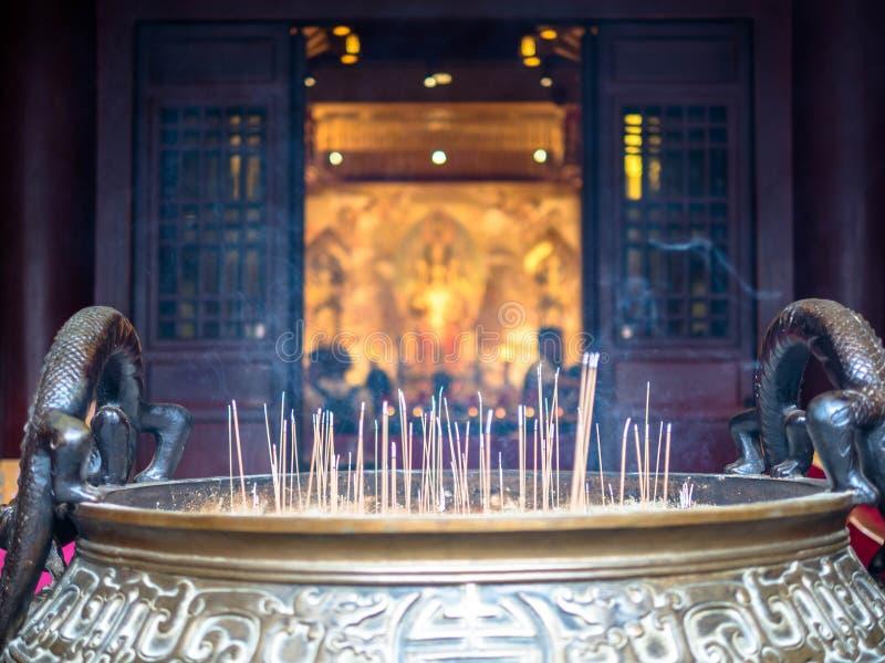 Singapur, Nov - 24, 2018: Buddha z?bu relikwii muzeum w Chinatown okr?gu i ?wi?tynia Buddha z?bu relikwii ?wi?tynia jest a fotografia stock
