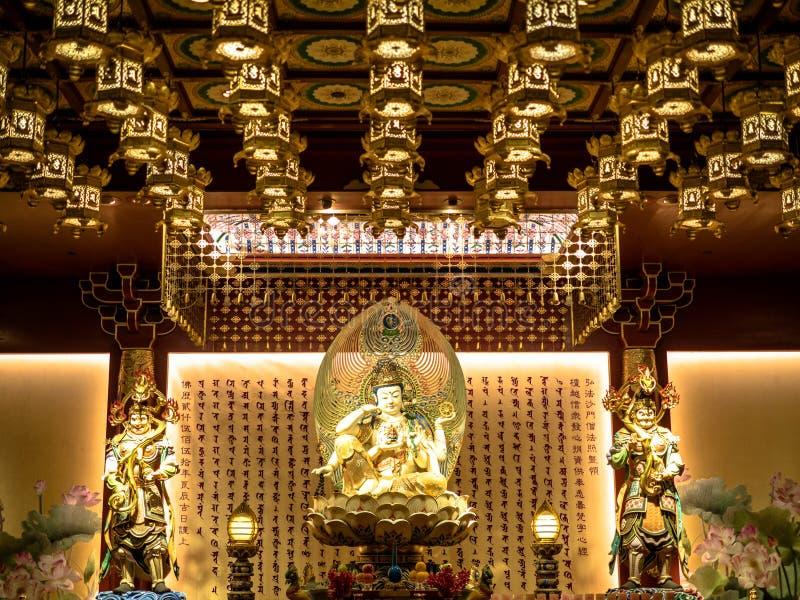 Singapur, Nov - 24, 2018: Buddha z?bu relikwii muzeum w Chinatown okr?gu i ?wi?tynia Buddha z?bu relikwii ?wi?tynia jest a obraz royalty free