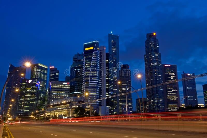 SINGAPUR-STADT-SKYLINE-VERKEHR lizenzfreie stockfotografie