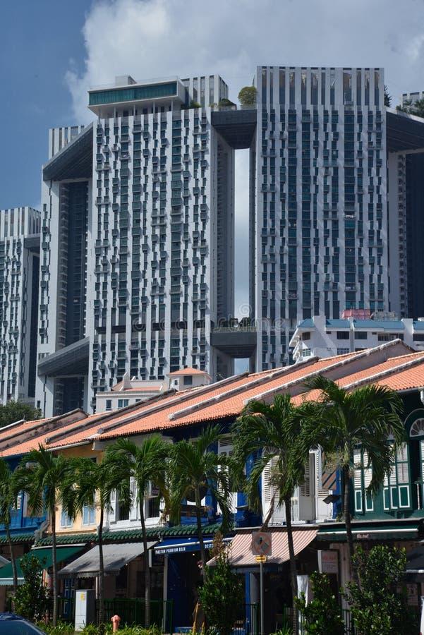 Singapur, stary miasto mieści fasady i nowożytną architekturę zdjęcia royalty free