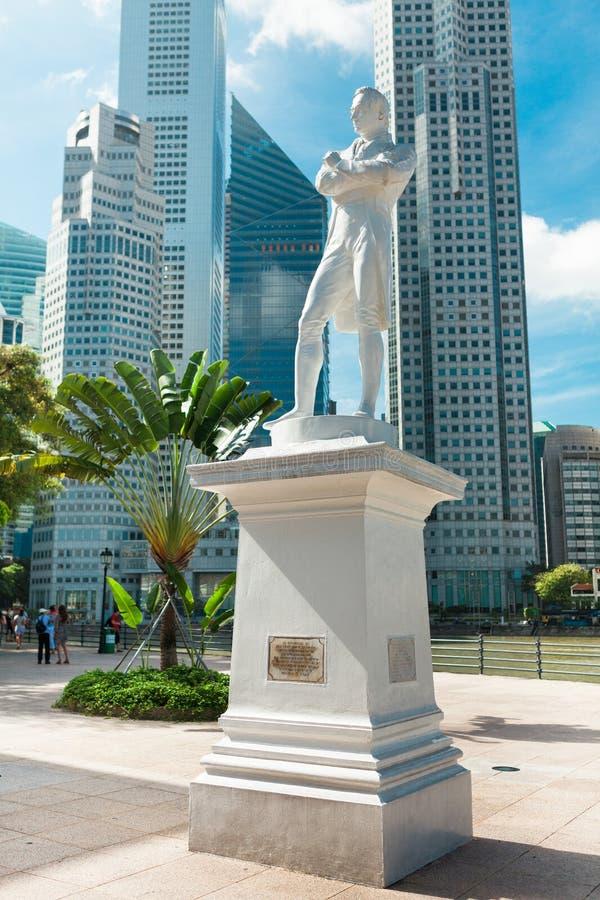Singapur. Statue des Sirs Raffles stockfotos