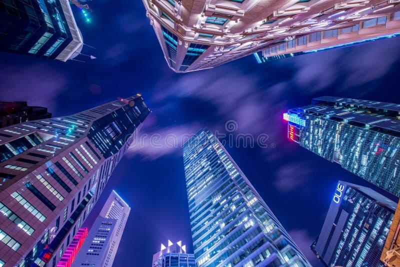 Singapura - 4 de agosto de 2014: Prédios de escritórios sobre imagem de stock royalty free
