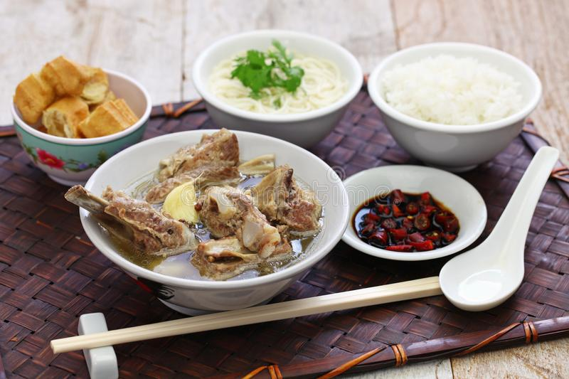 Singare bak kut, πικάντικη σούπα πλευρών χοιρινού κρέατος στοκ φωτογραφία με δικαίωμα ελεύθερης χρήσης