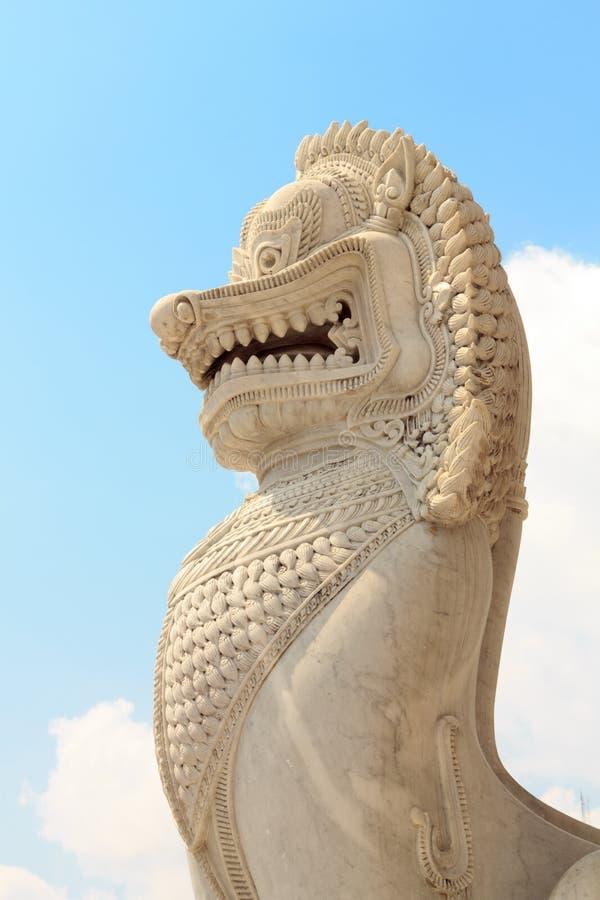 Singha de gardien de statue de lion photographie stock