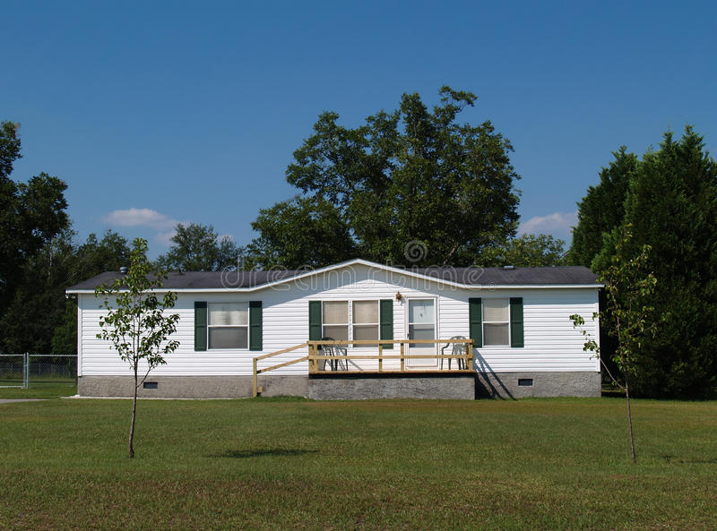 Download Single-wide Mobile Residential Home Stock Image - Image: 10566855