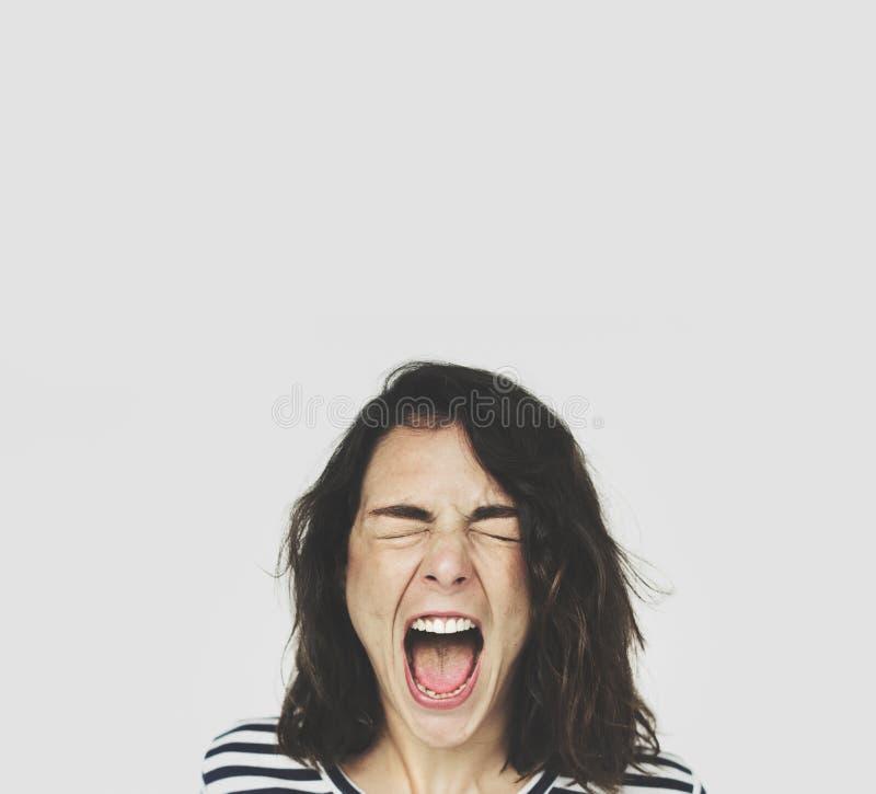 Sinnesrörelse för uttryck för kvinnaframsidaskri arkivfoto