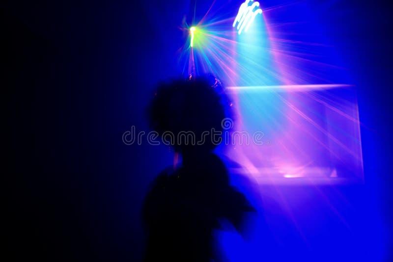Sinnlig dans i strålkastaren fotografering för bildbyråer