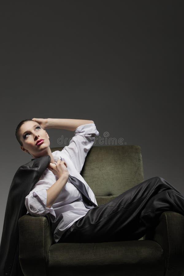 Sinnlig kvinnastående fotografering för bildbyråer