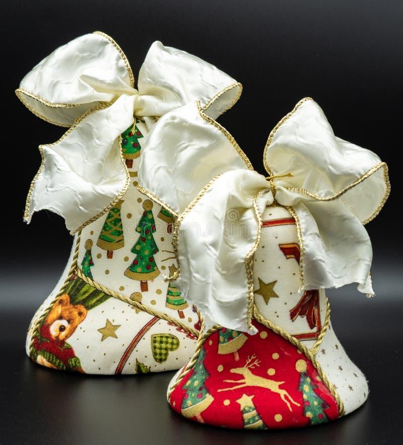 Sinos de Natal feitos a mão imagens de stock