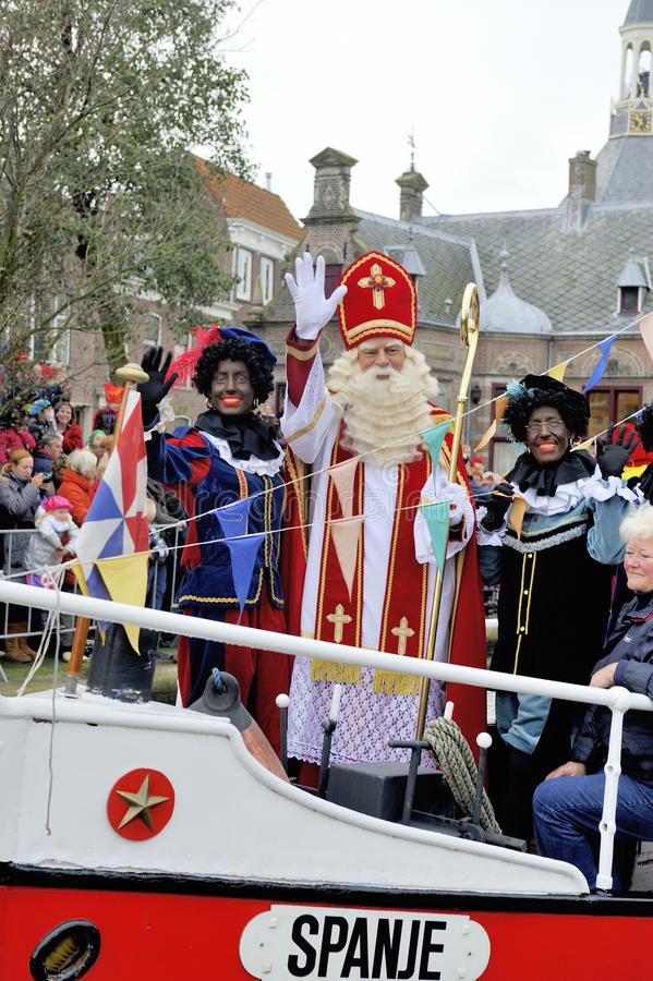 Download Sinterklaas Arriving On His Steamboat With His Black Helpers (Zw Editorial Image - Image: 34807940