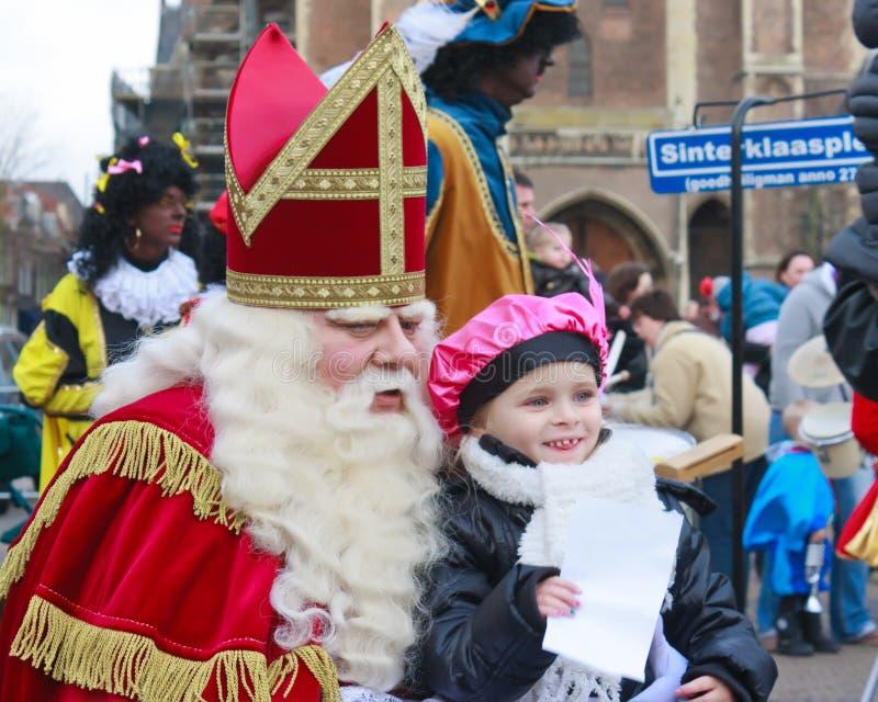 Sinterklass/Saint Nicolas que presenta para las fotos imagen de archivo