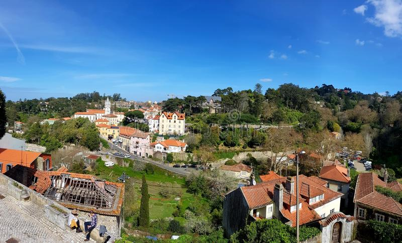 Sintra, castello di Sintra e natura fotografia stock