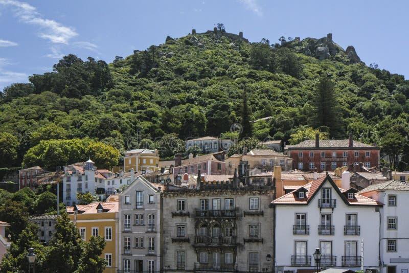 Sintra met Castelo-mouros van Dos royalty-vrije stock fotografie