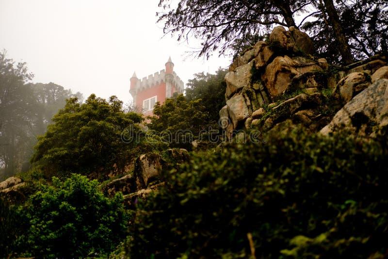 Sintra pałac w mgłowym dniu zdjęcie stock