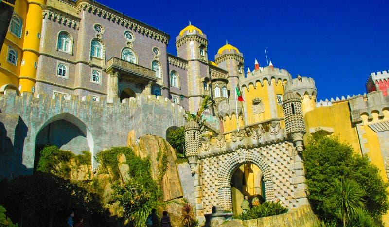 Sintra Pena pałac Krajowa fasada i główne wejście brama, podróż Lisbon, Portugalia zdjęcie stock