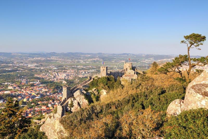 Sintra, Portogallo, castello scenico del attracca immagini stock