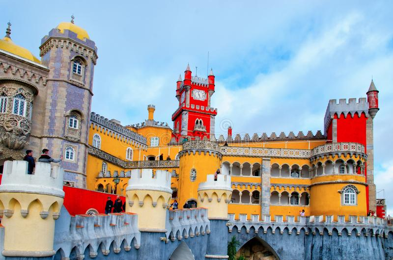 Sintra Portugalia, Grudzień, - 15, 2018: Piękna architektura Krajowy pałac Pena zdjęcia royalty free