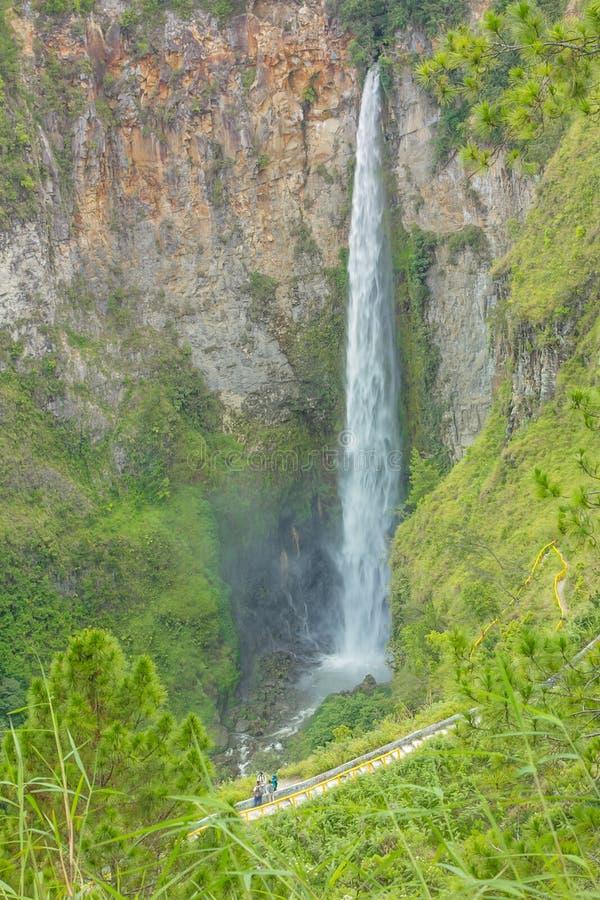 Sipisopiso-Wasserfall stockbilder