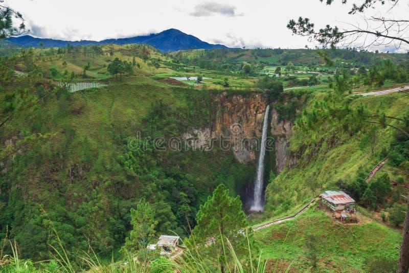 Sipisopiso-Wasserfall, Medan, Indonesien stockfotos