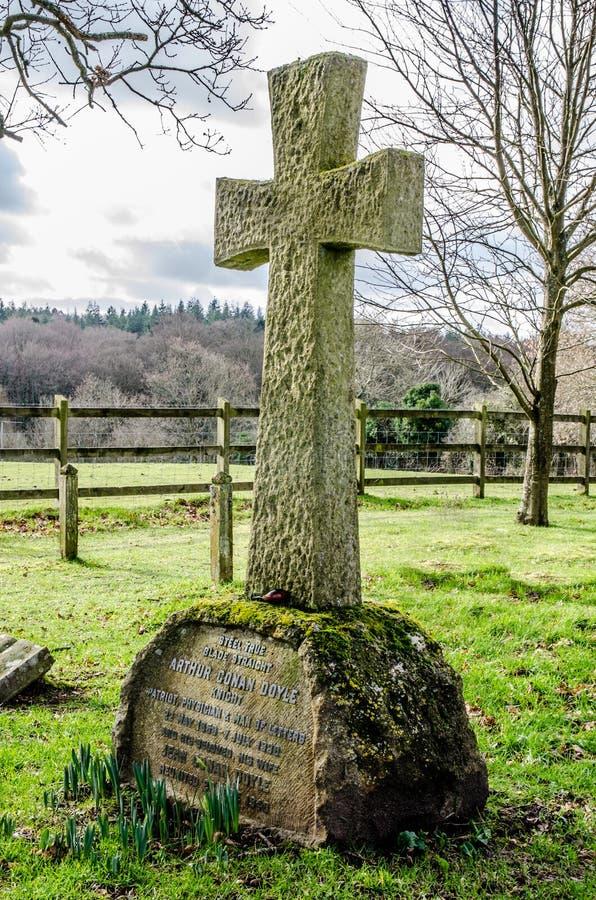 Sir Arthur Conan Doyle Gravestone arkivbild