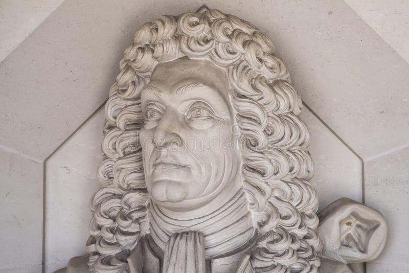 Sir Christopher Wren Sculpture in Londen stock foto