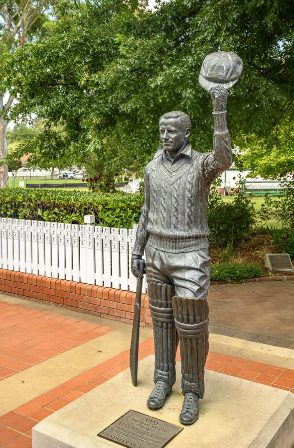 Sir Donald Bradman AC Statue. In the Southern Highlands of New South Wales, Australia is the old town of Bowral. The town was the home of Sir Donald Bradman AC stock photo
