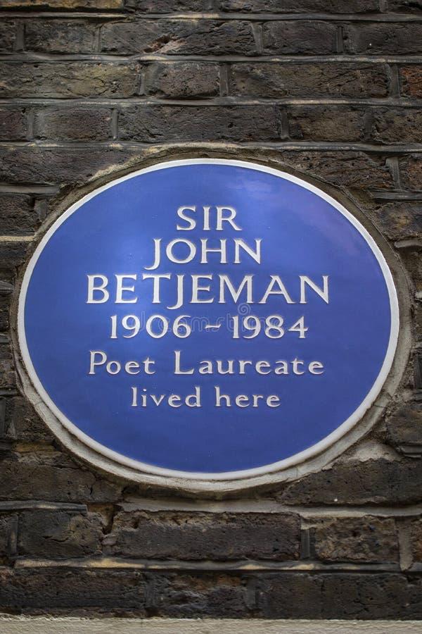 Sir John Betjeman Plaque in Londen stock afbeelding