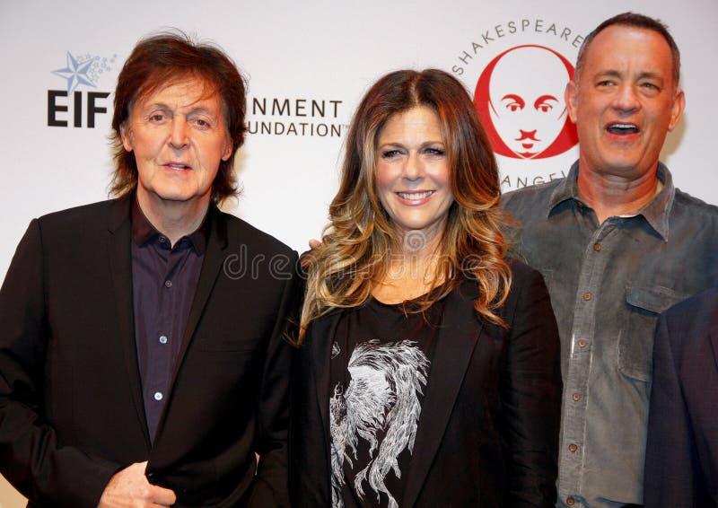 Sir Paul McCartney, Rita Wilson y Tom Hanks foto de archivo libre de regalías