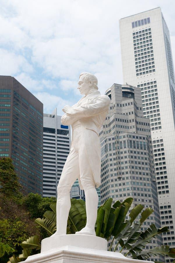 Sir Raffles staty, Singapore royaltyfri bild