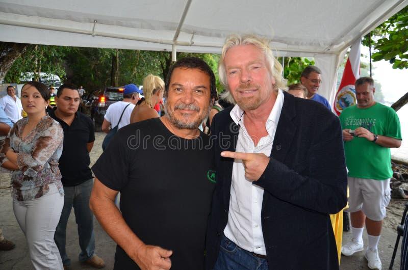 Sir Richard Branson mówi przeciw rekinu target839_0_ fotografia royalty free