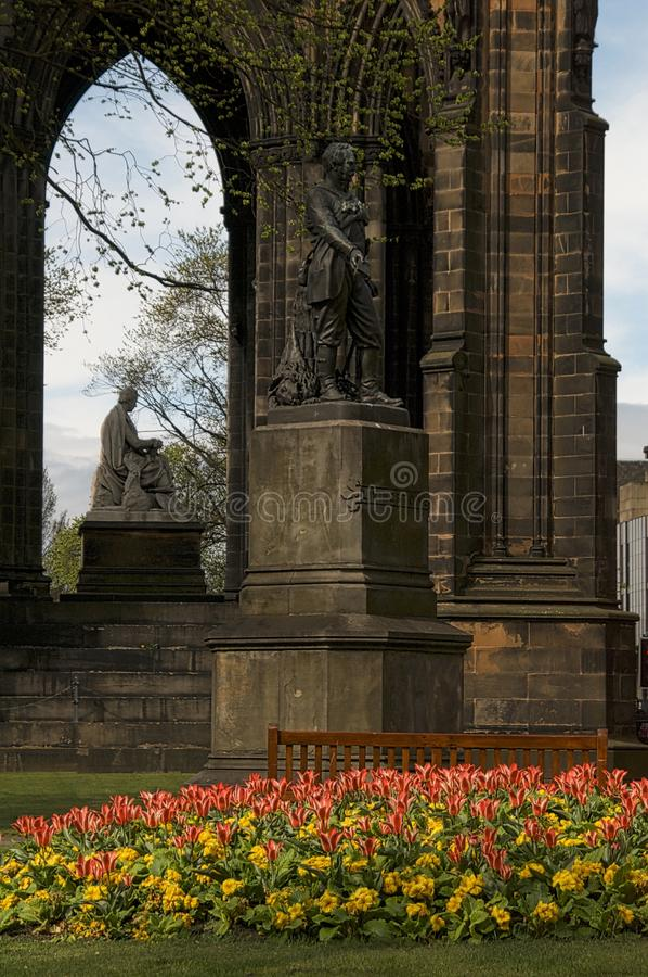 Sir Walter Scott Memorial Edinburg, Skottland fotografering för bildbyråer