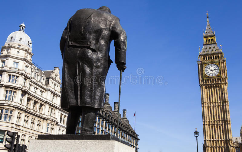 Sir Winston Churchill statua w Londyn obrazy stock