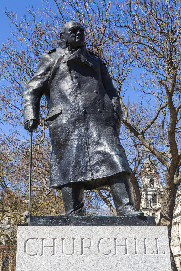 Sir Winston Churchill Statue à Londres image stock