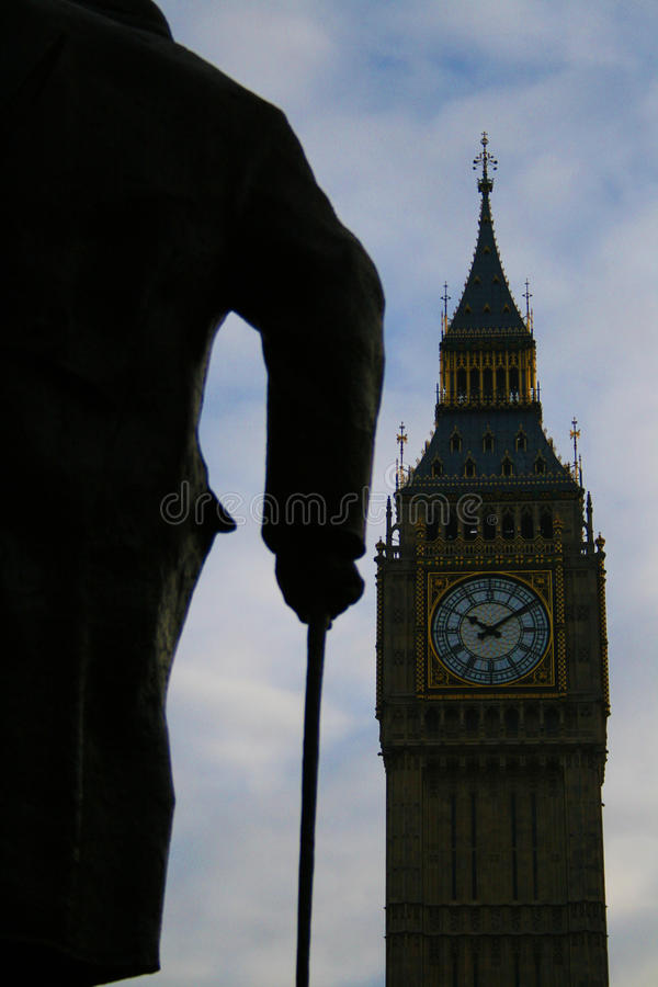 Sir Winston Churchill Statue & Big Ben stock afbeelding