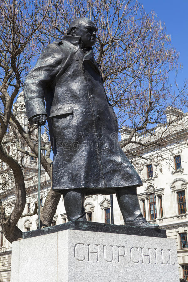 Sir Winston Churchill Statue in Londen royalty-vrije stock afbeelding