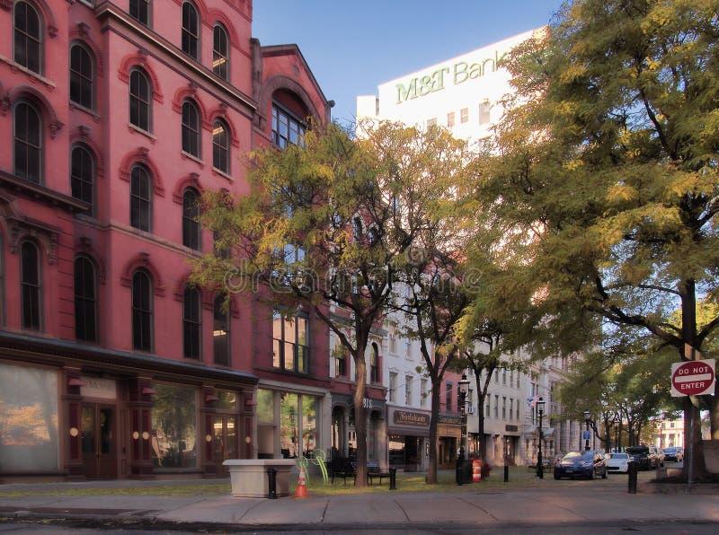 Siracusa, New York, U 10 novembre 2018 Vista di primo mattino della vicinanza dell'alta società del quadrato di Hannover a Siracu fotografia stock libera da diritti