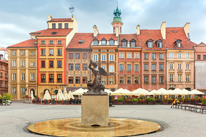 Sirena di Varsavia al quadrato del mercato, Polonia fotografia stock