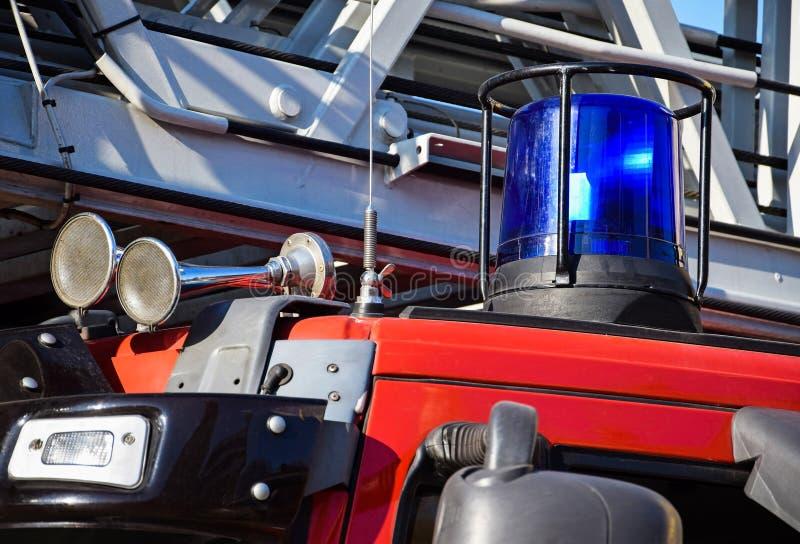 Sirene en lichten van firetruck stock foto's