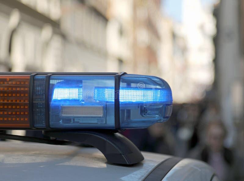 sirene van politiewagen tijdens het patroling in de stad royalty-vrije stock foto's