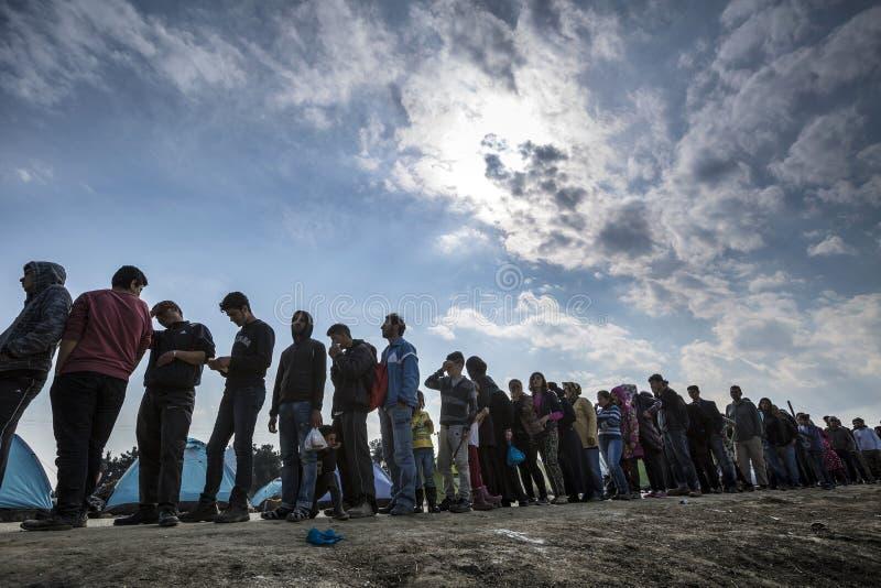 Sirian uchodźcy blokujący w Idomeni obraz stock
