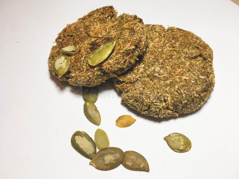 Sirops crus des grains entiers avec des graines images libres de droits