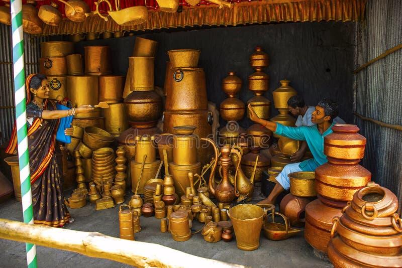 Sirva la venta de los buques de cobre, museo de la escultura, matemáticas de Kaneri, Kolhapur, maharashtra fotos de archivo libres de regalías