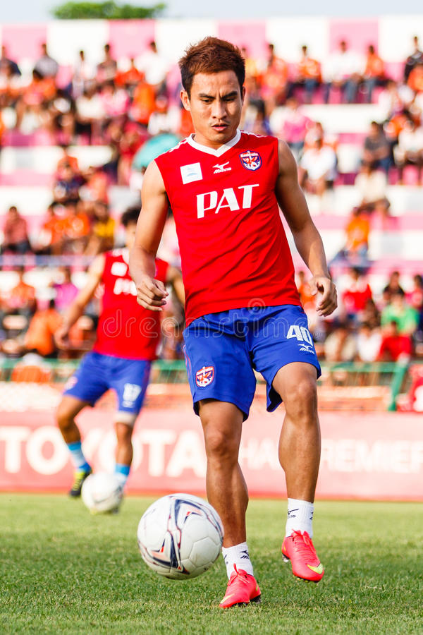 Download SISAKET TAILANDIA 21 DE JUNIO: Warut SAP-Tan De Singhtarua FC Imagen editorial - Imagen de corrida, liga: 41916930