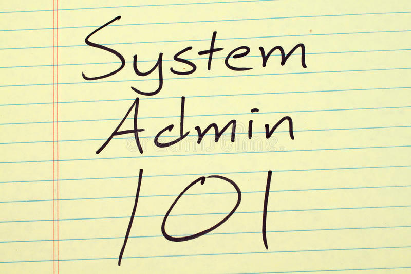 Sistema Admin 101 em uma almofada legal amarela foto de stock royalty free