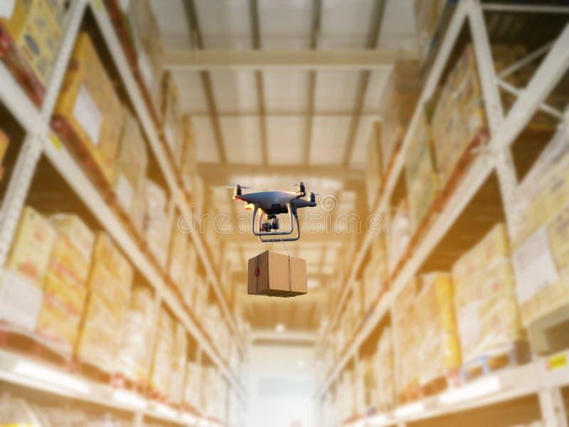 Sistema común industrial del almacenamiento de los productos del almacenamiento por el abejón sin tripulación fotografía de archivo libre de regalías